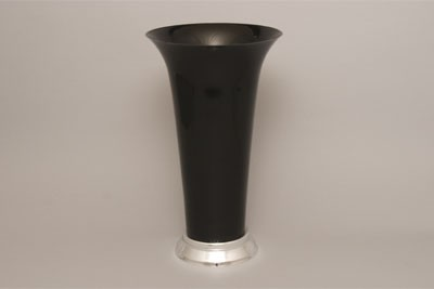 VO-940-P - Plastic Trumpet Vase (Black or White) - by the piece