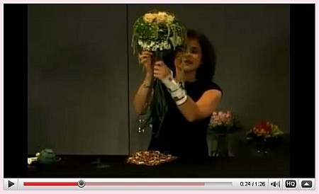 VIDEO - Wedding Bouquet Trends - Scroll down for VIDEO